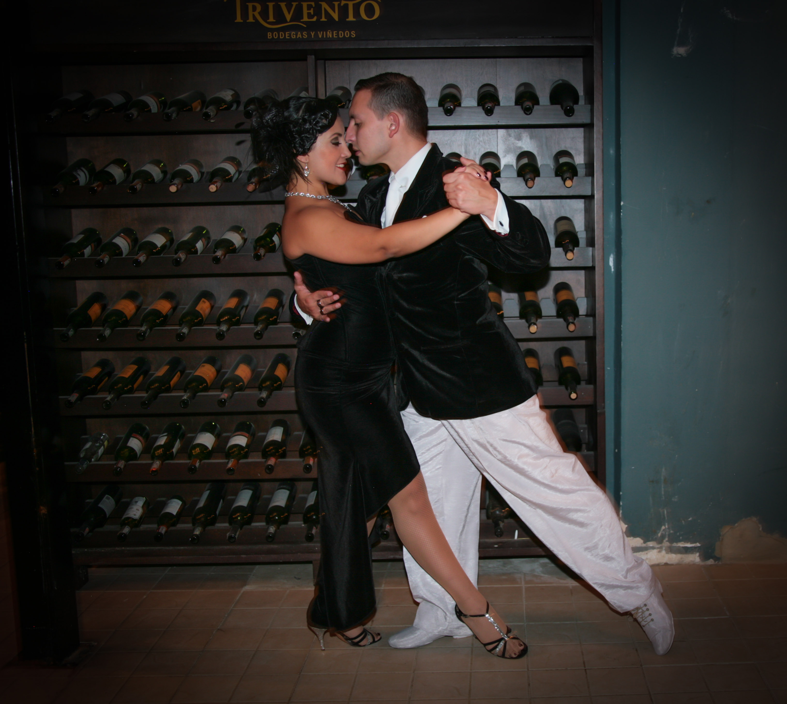 his-tango1-6