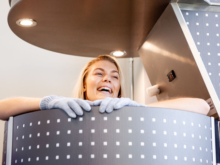 Cryotherapy vs. Ice Bath: Which is Better?