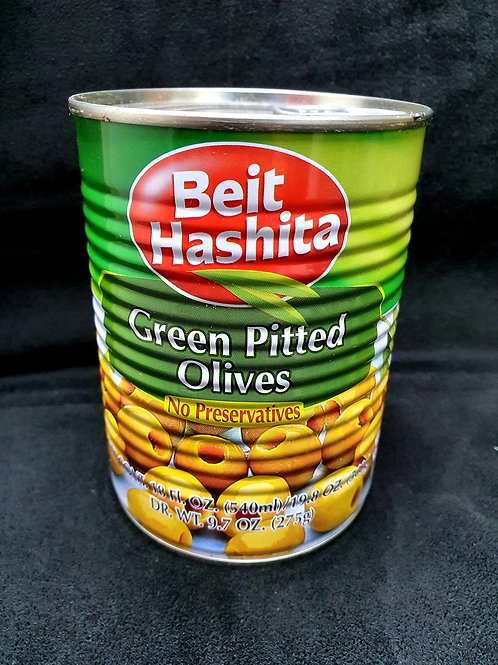 Grüne entkernte Oliven