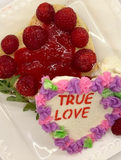 (True) Love at first bite Sharable Cheesecake heart