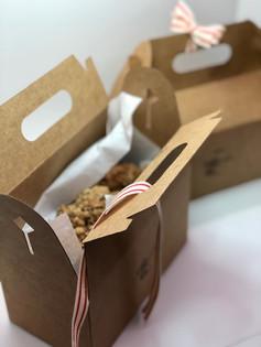 Dozen Oatmeal Raisin in packaging