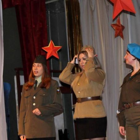 Как девчонки в армию ходили