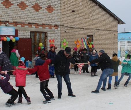 Жители Плетеневки проводили зиму