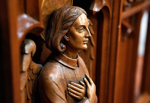 carved figure dennis nett.jpg