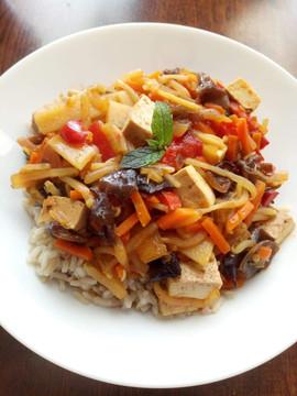 Danie azjatyckie z tofu