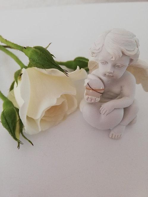 Kleiner Engel mit 8mm Muttermilchperle
