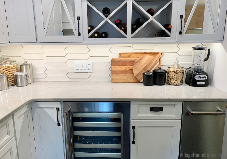Kitchen-with-Beverage-Cooler-and-Icemake