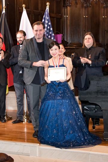"""Judges and Hana Igawa - III Prize, Category """"Professional"""""""