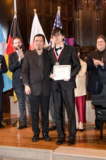 "Judges and Yuan Wang - II Prize, Category ""Professional"""
