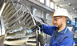 workers-manufacturing-steam-turbines-in-