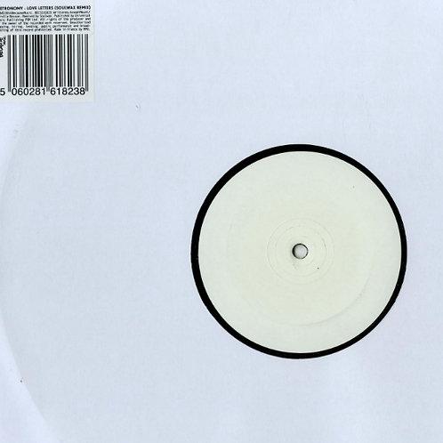 Metronomy – Love Letters (Soulwax Remix)