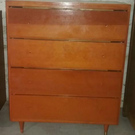 MCM 4-drawer Dresser