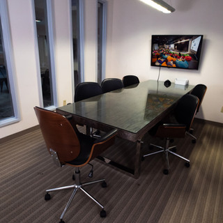 GlobeHUB-Conference Rooms.jpg