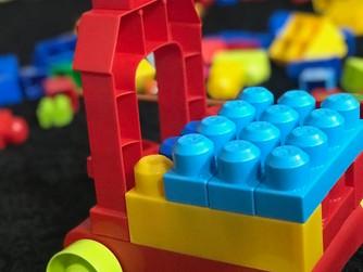 Clean Slates: La Tabula Rasa & Legos