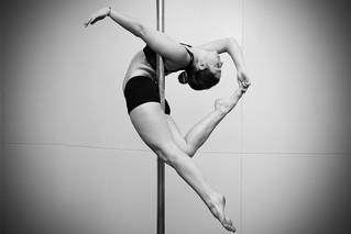 Pole Dance, un deporte artísticamente sensual.