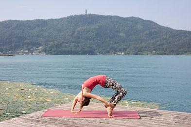 Yoga am Seerosensteg