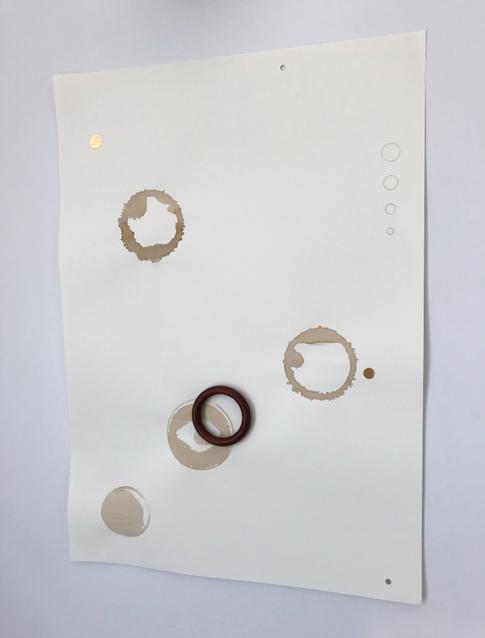 Café, adesivos, madeira e grafite sobre papel 42x60cm 2017
