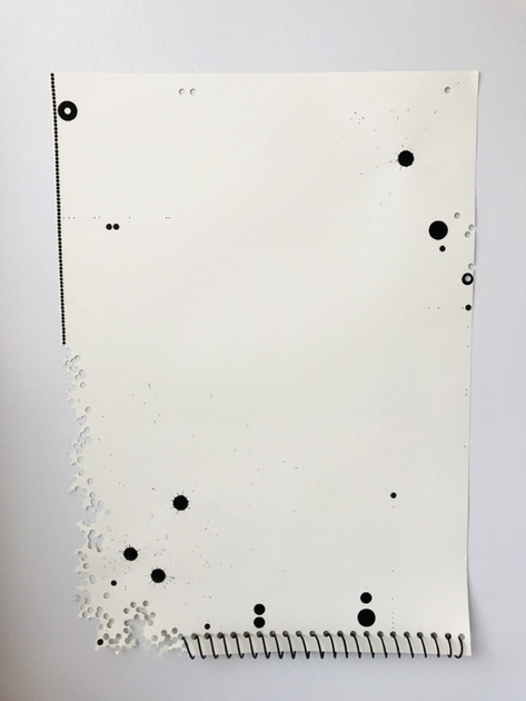 Adesivo, espiral, furos, nanquim e pilot sobre papel canson 42x60cm 2017