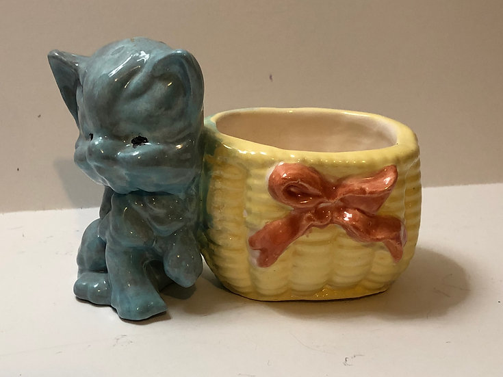 Kitty/Kitten/Cat ceramic Planter w/ basket