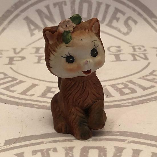 Kitty Cat Salt and Pepper Figurine