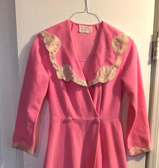 Vintage pink house coat. Vanity Fair sz 10