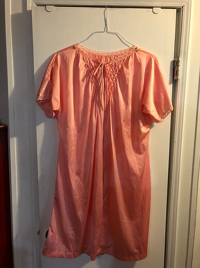 Vintage nightgown sz small
