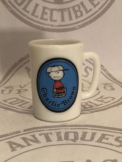 "Vintage 1969 Avon Peanuts Charlie Brown Small Milk Glass Mug 3 1/2"""