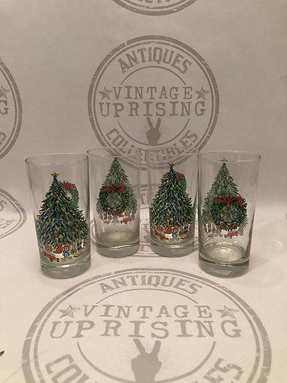 Set of 4 Christmas Tumbles Salen China Noel Pattern Glasses