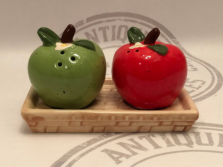 Green and Red Apple Salt and Pepper Shakers