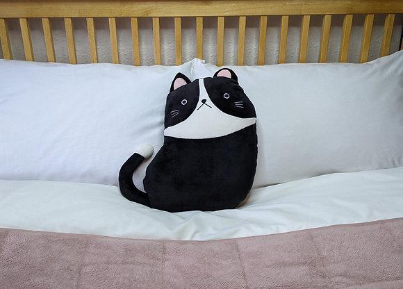 BLACK & WHITE CAT PLUSH