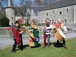 Quatre musiciens spécialiste en musique médiévale