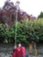 Incroyable performance de jonglerie lors d'une fête médiévale