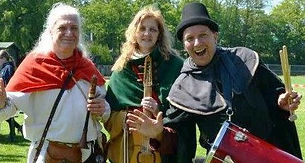 Trois musiciens voyageurs du temps