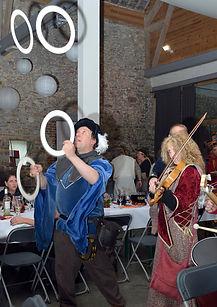 Jonglerie et musique au château