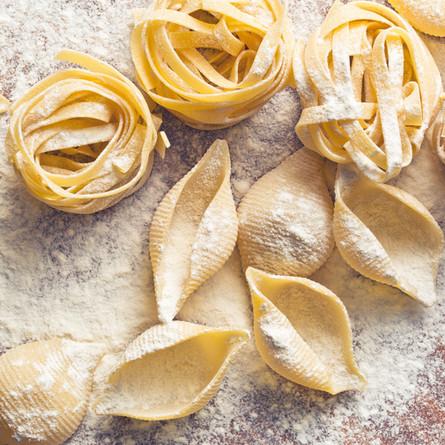 Quick & easy warm brie pasta salad