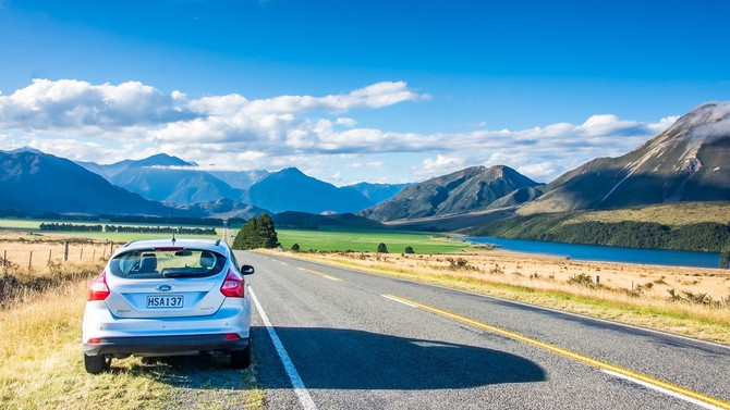 Reasons why you should rent a car to travel