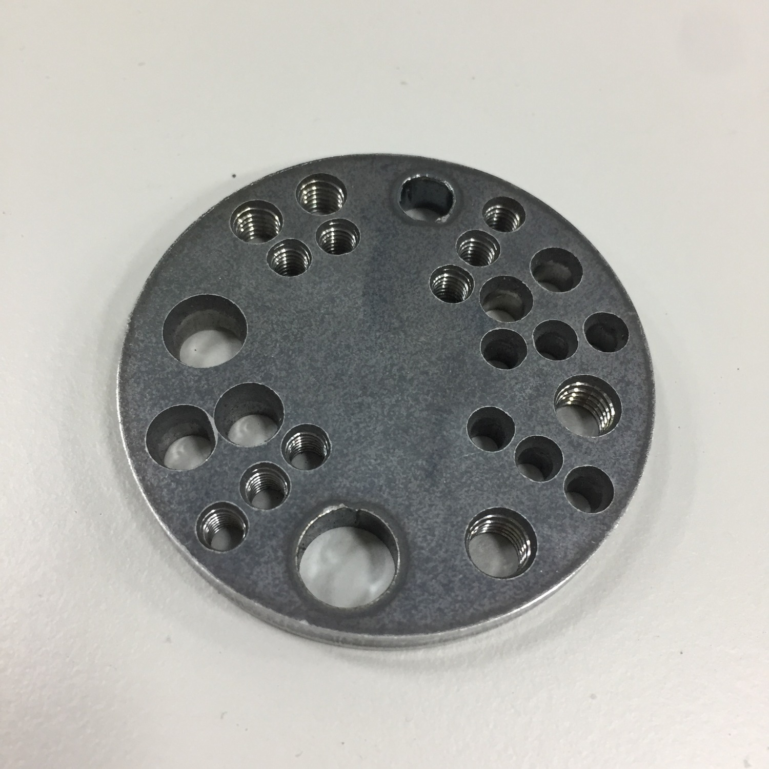 6mm-sphc-punching and laser sample