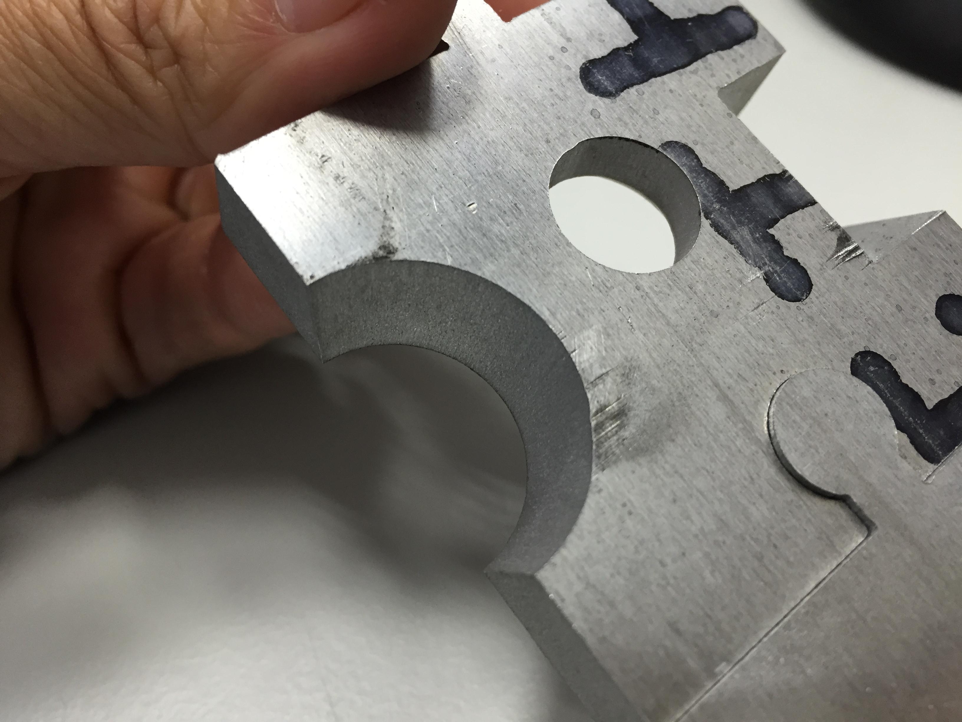 水刀切割-拼圖沙拉孔