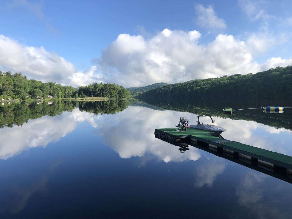 Lake mirror cloud shot.jpg