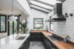 Dark-Green-Shaker-kitchen-with-Island-Po
