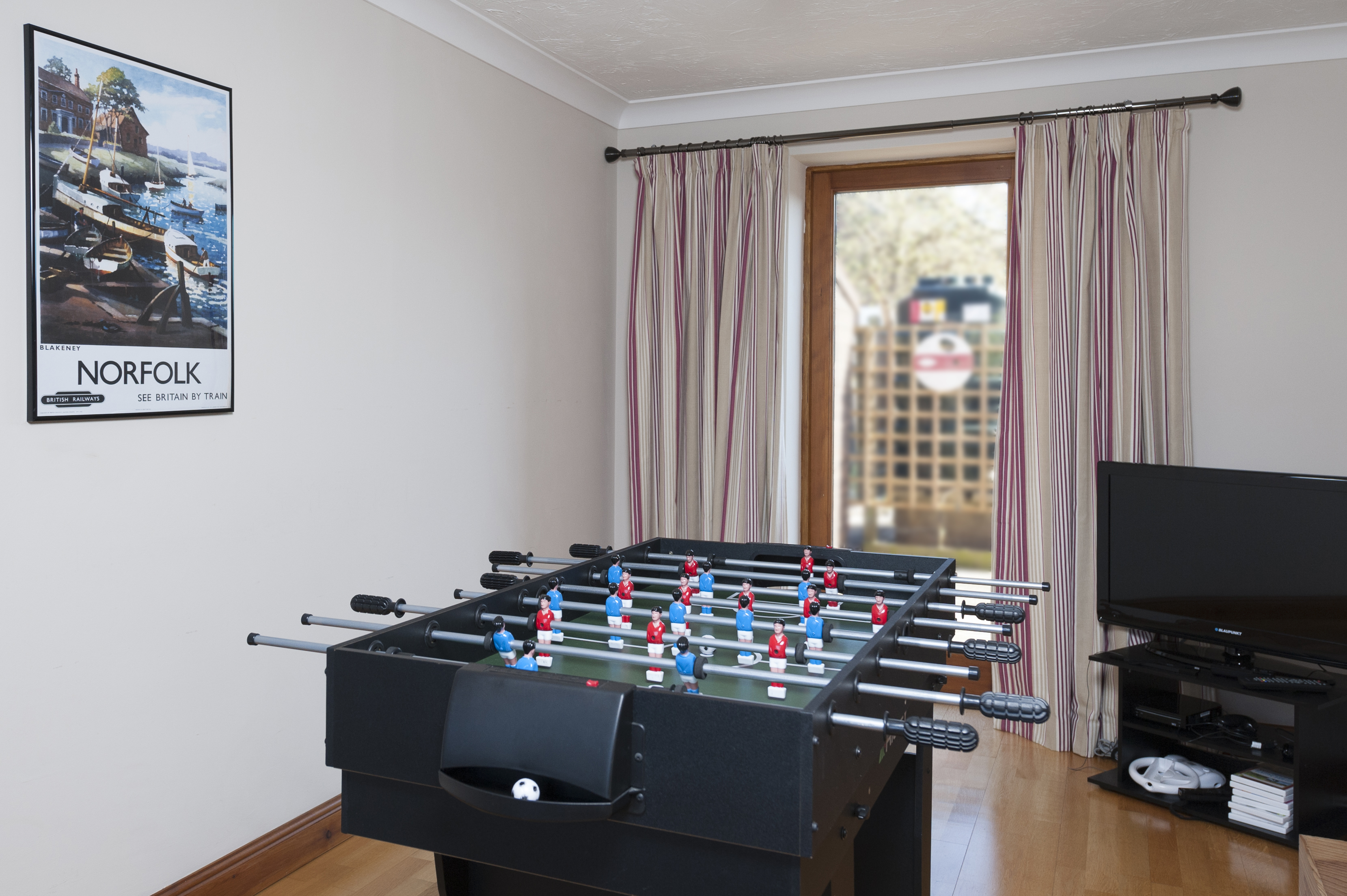 Seaford Holiday Cottage - Games Room