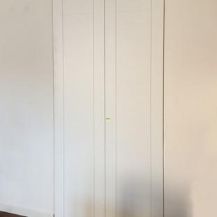 armadio a filo del muro