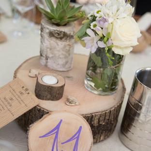 centro tavola_ basamento, numero tavolo, lumino, porta pianta grassa