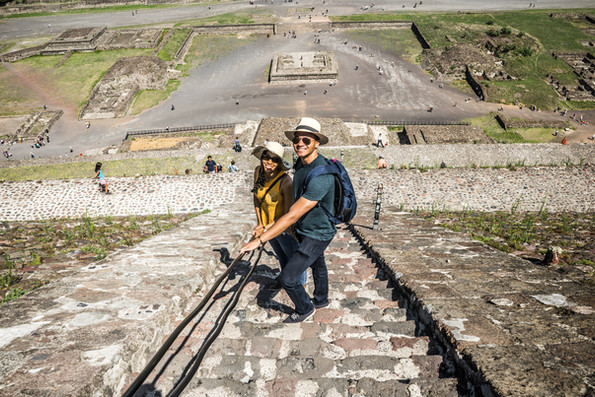 Teotihuacán: On our way down from the sun pyramid