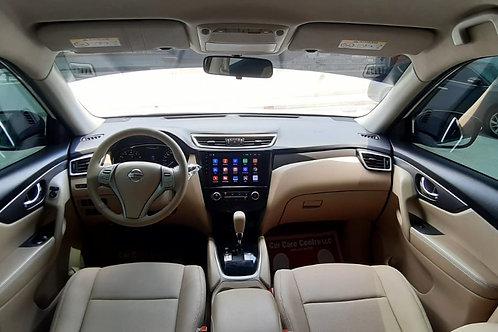 Nissan Xtrail 2016 4*4  Mid option GCC Spec