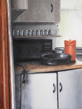 Kitchen (Orange Tupperware & Roaster)