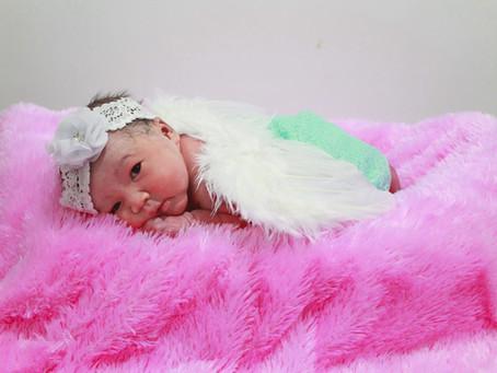 Bayi Adaptasi Baru Lahir.  Oleh : dr. Francisca Y.M.K., Sp.A