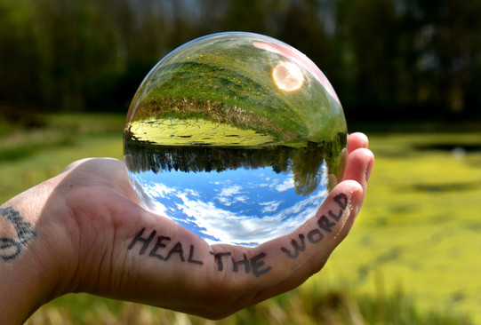 Connor Mann - Heal the World