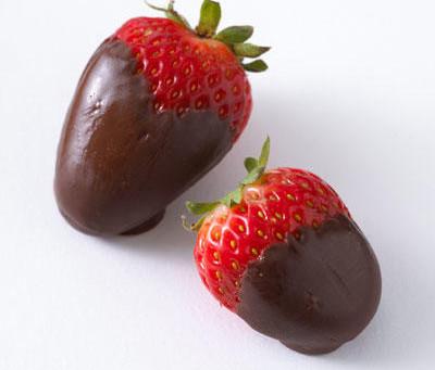 8 Valentine's Treats Under 80 Calories
