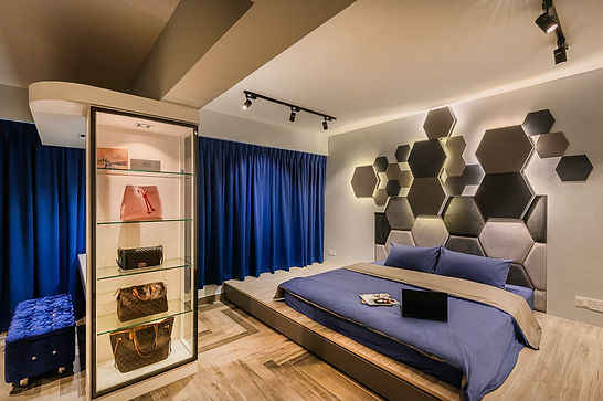 Boutique wall handbag display.